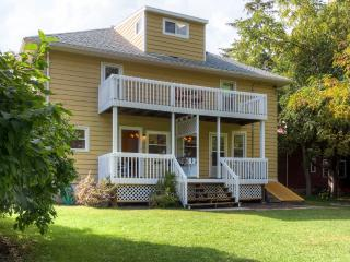 Splendid 3BR Elkhart Lake Townhome w/Wifi, Large Fenced Yard & Multiple Private Porches - Walking Distance to the Lake, Fine Dining, Shopping, Live Music & More - Elkhart Lake vacation rentals