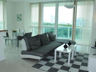 Stunning 2 Bedroom Luxury Suite - Coconut Grove vacation rentals