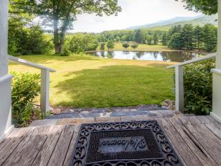 Pleasant 3BR Burnsville Home on 15 Private Acres w/Serene Mountain Views & 2 Spring Fed Ponds -  Easy Access to Hiking, Biking & Golfing! 45 Minutes to Asheville - Burnsville vacation rentals