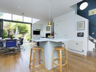 Veeve - Islington Eye-Opener - London vacation rentals