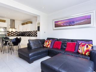 3 bed house, Clarence Road, Wimbledon - London vacation rentals