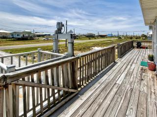 Breathtaking 3BR Dauphin Island Cottage w/Private Deck, Gas Grill & Great Gulf of Mexico Views - Near Beautiful Beaches & Local Attractions! - Dauphin Island vacation rentals