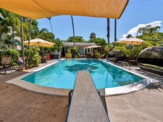 New Listing! Exquisite 1BR Wilton Manors Pool Guesthouse on Historic Roaring 20's Estate w/Wifi & Deep Diving Board Pool - Minutes to the Beach & Wilton Drive, Private Boat Excursions Available! - Wilton Manors vacation rentals