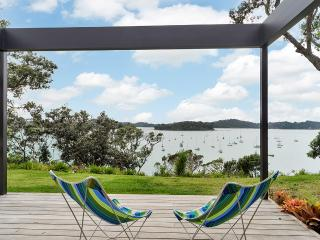 Jamieson Bay Retreat - Auckland vacation rentals