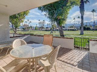 Spacious haven for golf lovers w/shared pools, hot tubs & discounted rates! - Rancho Mirage vacation rentals