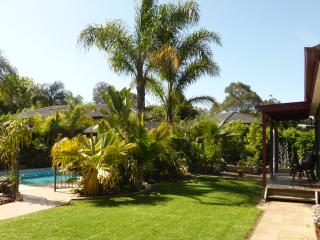 Nice Bungalow with Internet Access and A/C - Ringwood vacation rentals