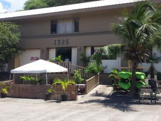 Hostel City Maui 2 - Wailuku vacation rentals