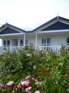 Beautiful 2 bedroom Chudleigh House with Internet Access - Chudleigh vacation rentals