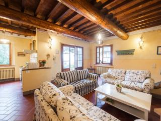 Nice Cottage with Internet Access and Central Heating - Barberino Val d'Elsa vacation rentals