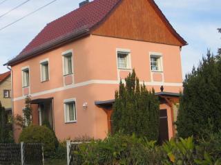 Vacation Home in Berlin-Biesdorf - 1184 sqft, central, bright, comfortable (# 5154) - Hallerndorf vacation rentals