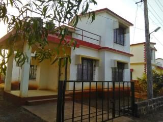 Vedaant Holiday Bungalow : for perfect vacation - Ganpatipule vacation rentals