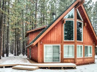 Contemporary 3BR A-Frame Home in South Lake Tahoe - 10 Mins to Lake or Heavenly Valley - PEAK dates still Open - South Lake Tahoe vacation rentals