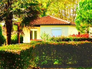 Nice 3 bedroom Plaisance (Gers) Chalet with Internet Access - Plaisance (Gers) vacation rentals
