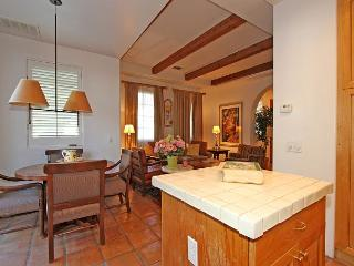 A Downstairs One Bedroom Spa Villa with a King Bed Close to Spa La Quinta! - La Quinta vacation rentals