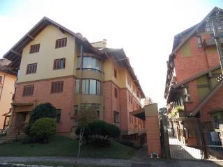 Apartamento em frente ao Natal Luz - Gramado vacation rentals