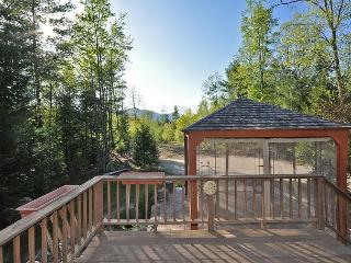3 BR/3Bath Private Mountain View Home off West Side Road. AC and Wifi! - Conway vacation rentals