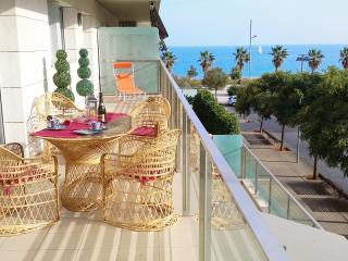 Alexandra´s Beach-Port-apartment - Barcelona vacation rentals