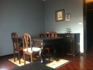Excelente apartamento remodelado - Matosinhos vacation rentals