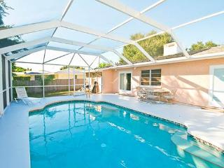 Bayshore Home, 4 Bedrooms, Private Heated Pool, HDTV, WiFi, Sleeps 12 - Venice vacation rentals
