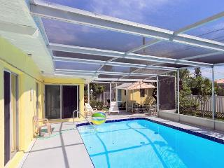 Villas Mansion, 4 Bedrooms, Office, Private Heated Pool, WiFi, Sleeps 14 - Fort Myers Beach vacation rentals
