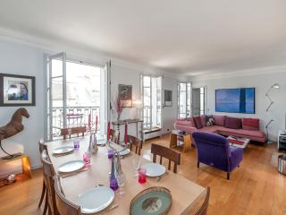 Duplex 2BD apartment with view on Notre-Dame - Paris vacation rentals