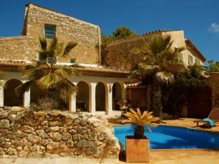 Farmhouse Mas Nur - Sant Pere de Ribes vacation rentals