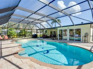 Egret Beach Home, 2 Bedrooms, Private Heated Pool, Canal, Sleeps 6 - Fort Myers Beach vacation rentals