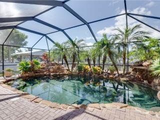 Island Oasis, 3 Bedrooms, Heated Pool, WiFi, Sleeps 8 - Fort Myers Beach vacation rentals