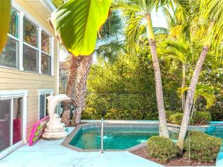 Dolphin Hideaway, 3 Bedroom, Private Heated Pool, Boat Dock - Fort Myers Beach vacation rentals