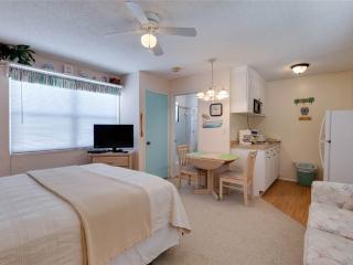 Polynesian Village 11, Studio, Beach View, Sleeps 3 - Fort Myers Beach vacation rentals