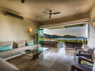 NAO 3.2 - Zihuatanejo vacation rentals