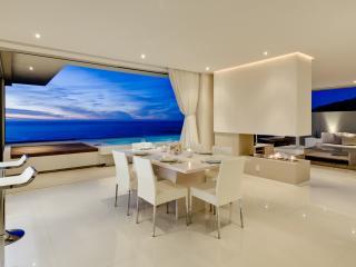 Spectacular Aquatic Penthouse, Walk to Beach - Camps Bay vacation rentals