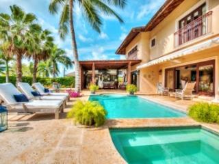 Beautiful 4 Bedroom Villa in Casa de Campo - La Romana vacation rentals