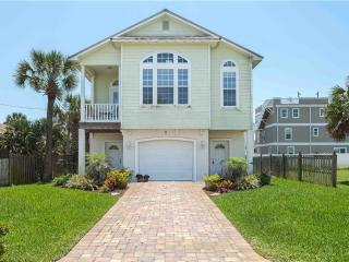 Island Breeze, 2 Bedrooms, Steps to Ocean, WiFi, Sleeps 6 - Saint Augustine vacation rentals