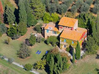 Podere Colombaio Exclusive Villa 1km from Pienza - Pienza vacation rentals