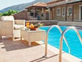 DE LUXE VILLA Zakros Sitia Crete for 6 persons - Xerocambos vacation rentals