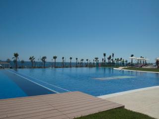 Luxe appartement - Punta Prima vacation rentals