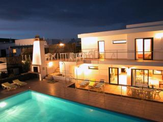 Spacious 4 bedroom villa with private pool - Playa Blanca vacation rentals
