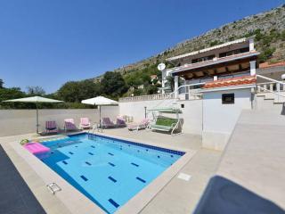 VILLA LEO / private pool / seaview / pets welcome / luxury villa on 1000 m2 - Krilo Jesenice vacation rentals