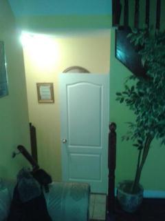 Beautiful 4 bedroom home or basement unit one full - Brampton vacation rentals