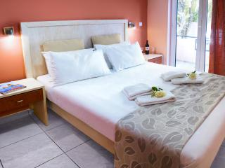 3 room apartment 4-5 people, Chania West Crete - Chania vacation rentals