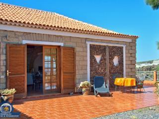 Finca la Tosca Ferienappartement Eagle - Guia de Isora vacation rentals