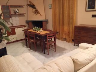 Romantic 1 bedroom Condo in Marone - Marone vacation rentals