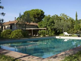 Le Volpaie - San Donato in Poggio vacation rentals
