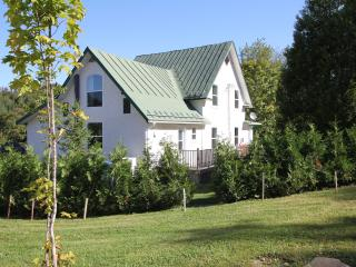 Les Villas du lac St-François-Xavier - Wentworth Nord vacation rentals