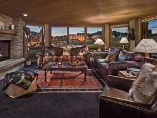 """""""Great Powder"""" Specials - save up to 25% at Chateau Chamonix - Chartreuse - Steamboat Springs vacation rentals"""