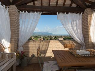 2 bedroom Apartment with Internet Access in Spello - Spello vacation rentals