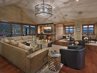 Slopeside! Penthouse Deluxe - OSP - Flat Tops Pk - Steamboat Springs vacation rentals