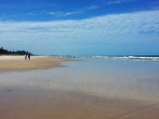 North Byron / Ocean Shores Beachside Sanctuary - Ocean Shores vacation rentals