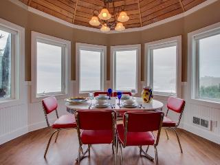 Huge dog-friendly castle with ocean views, decks & more! 5 minutes to the beach! - Oceanside vacation rentals